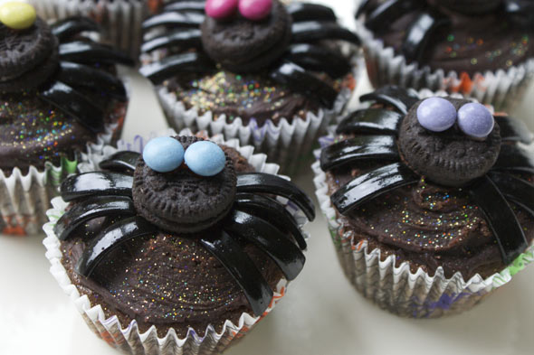 Spooky Spider Cupcake Recipe For Halloween | The Huffington Post