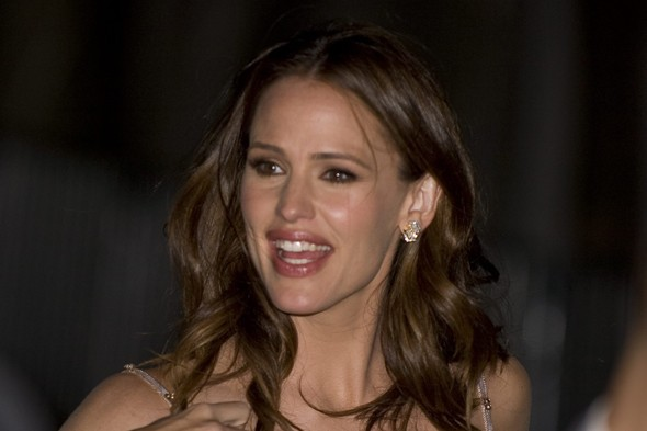 Pregnant Jennifer Garner would find having a son weird!