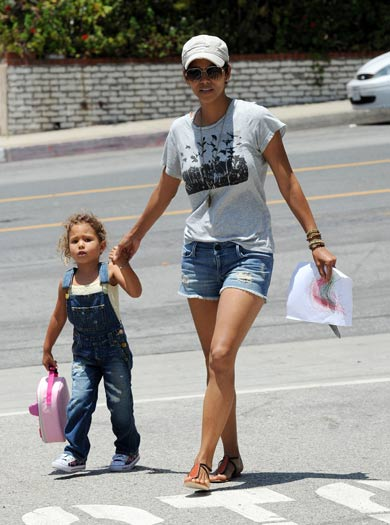 Halle Berry loses her daughter