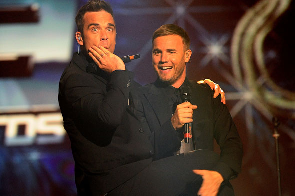 Gary Barlow bigs up Robbie Williams' daddy credentials!