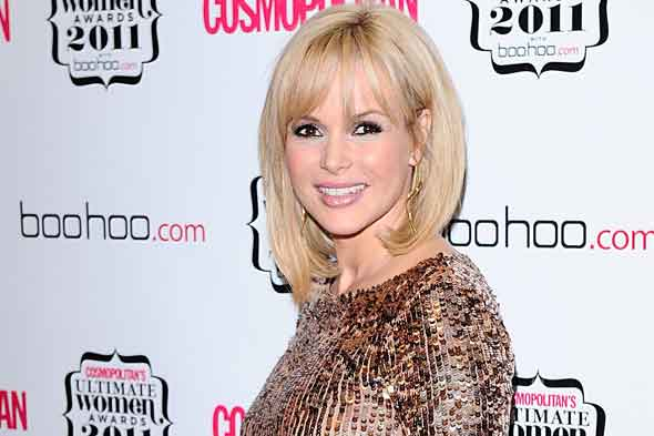 Amanda Holden pregnant in gold