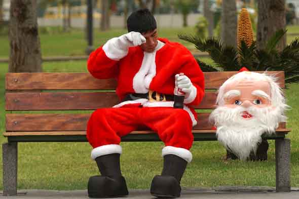 Santa is a lie: Should we be telling our children?