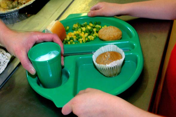 Warnings over unhealthy food on school menus