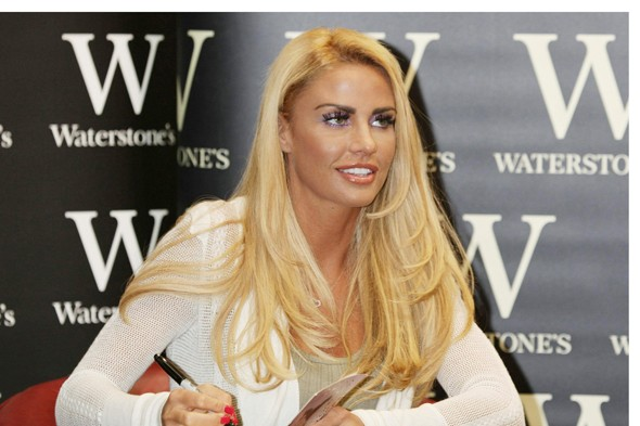 Katie Price defends Harvey