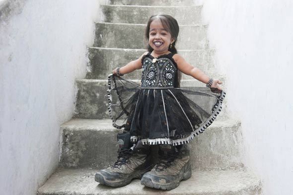 All good things come in small packages: Meet the world's smallest woman