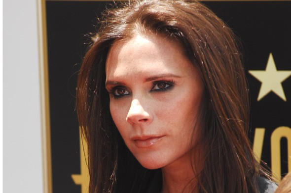 Victoria Beckham announces pregnancy