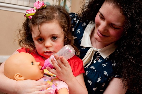 Mum Jenna to freeze her eggs so her sick four year-old Libby Dye can have children
