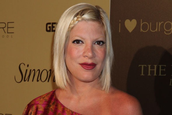 Tori Spelling asks husband to shave her lower region!