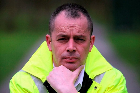 Ambulance driver Andy Thomson given speeding fine and points on mercy dash with donated liver
