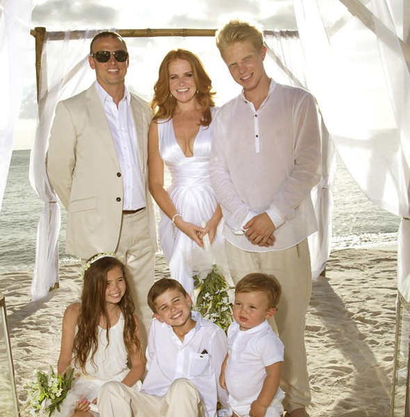 Patsy Palmer renews wedding vows in front of her four children
