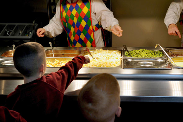 Children choosing school meals