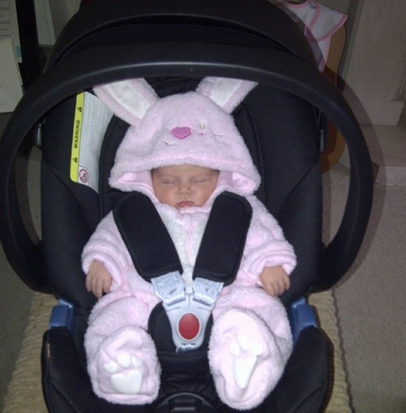 Happy Easter baby! Una Healy's fiancé Ben Foden tweets cute Easter pic of new baby Aoife