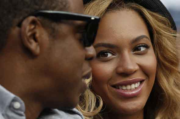 New mum Beyonc hits out at fake bump rumours  