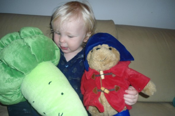 Toddler Tales: TDA (Toddler displays of affection)