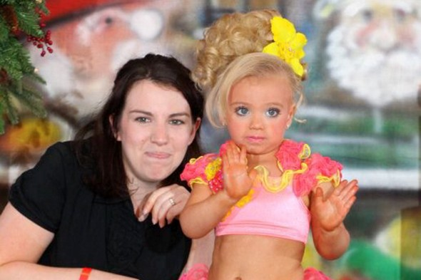 Pageant mum defends two year-old's monthly TANNING sessions