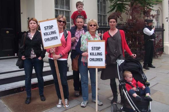 Parents protest outside Syrian embassy