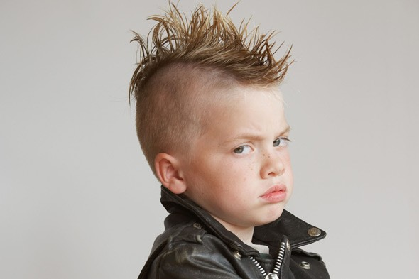 Should young children have extreme fashionable haircuts?