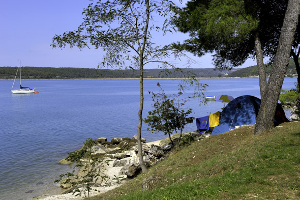 Camping on the Lanterna peninsula