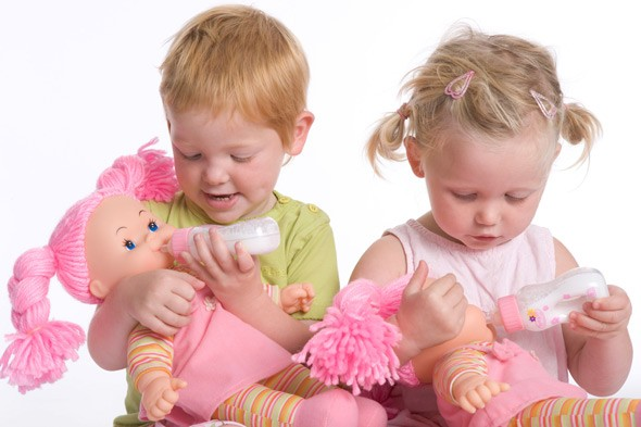 Pretend play is not crucial to development claims study
