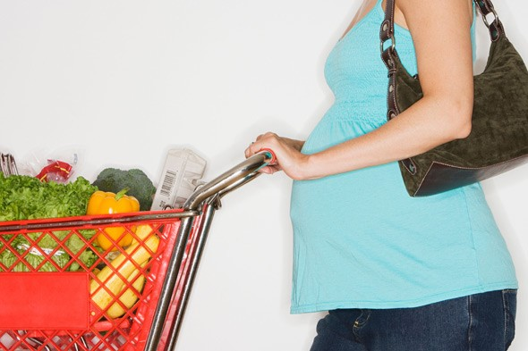 Please don't treat me like a twit because I'm pregnant: pregnant woman shopping