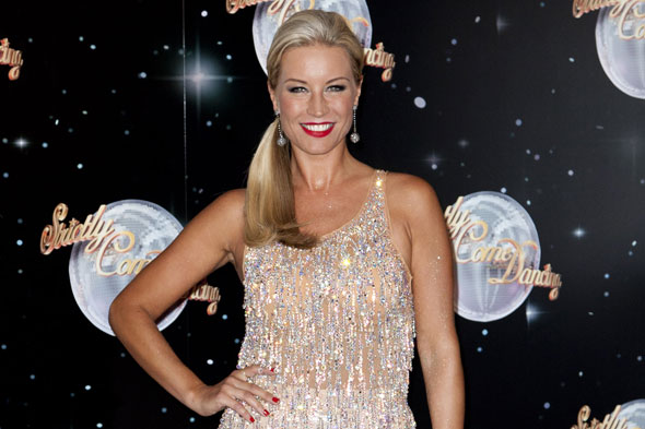 Denise Van Outen talks motherhood over cocktails!