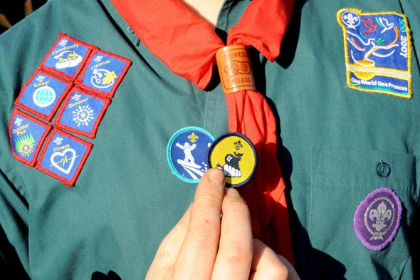 Boy thrown out of scouts because he is not prepared to pledge allegiance to God