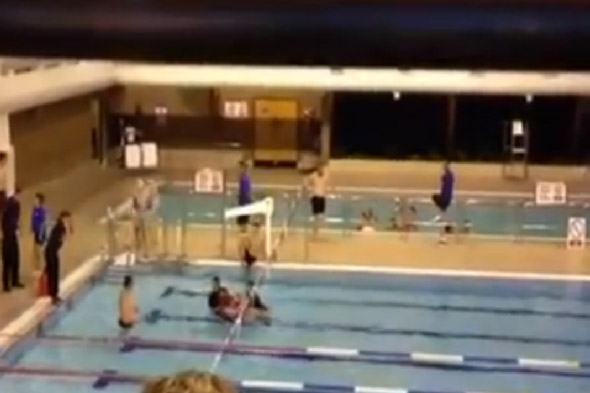 Eight Police Officers Drag Angry Swimmer Out Of Public Pool After He Shouts At Splashing Teens