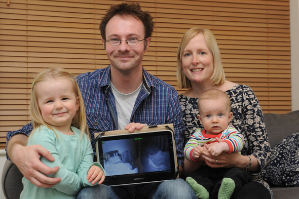 Dad creates gadget to read to his kids when working away from home