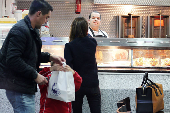 Posh Spice down the chippy - the pics you thought you'd never see!