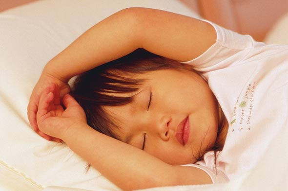 The House Dad Chronicles: How do you get siblings to sleep when they share a room?