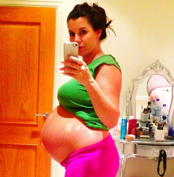Pregnant Imogen Thomas Tweets Pic Of Her 38 Week Baby Bump