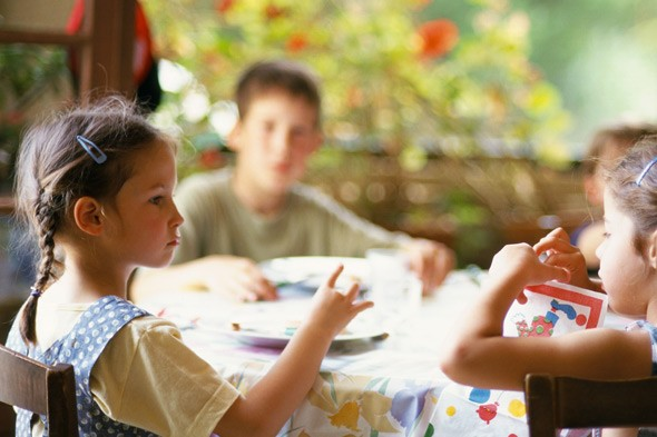 Why children's meal times are a chore