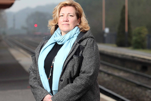 Mother awarded for unleashing her 'mum stare' to break up fight on train