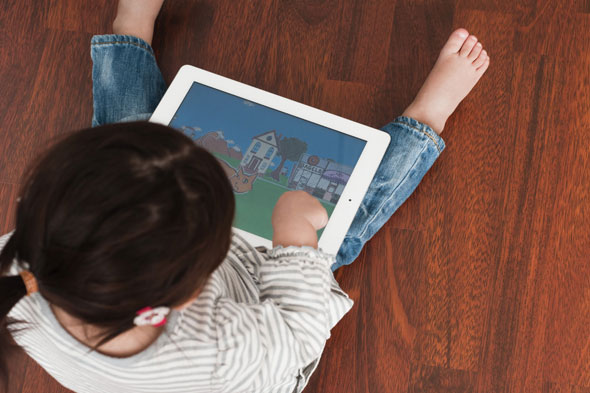 Toddlers are having therapy to treat iPad addiction