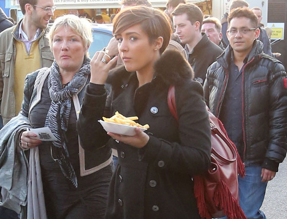Frankie Sandford gives in to pregnancy cravings
