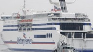 Ferry company refuses to allow pregnant woman on board