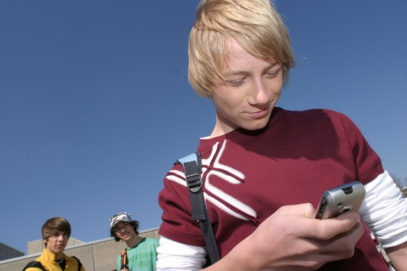 Surviving Teenagers: The family that tweets together