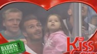 Video: David Beckham kisses Harper on KissCam!