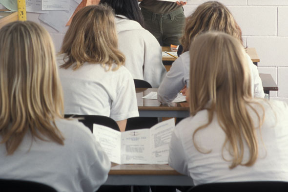 Girls to be given comedy lessons at school