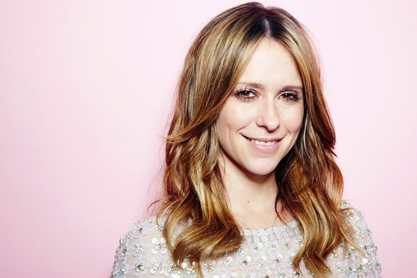 Actress Jennifer Love Hewitt announces she's pregnant