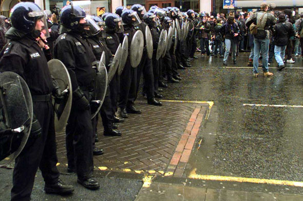 Police 'forgot' about rioting teenager