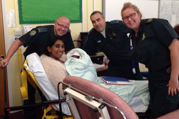 Primary school teacher gives birth in classroom!