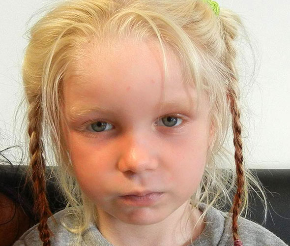 Do you know this girl? Search for parents of kidnapped girl, 4, found living with gypsies
