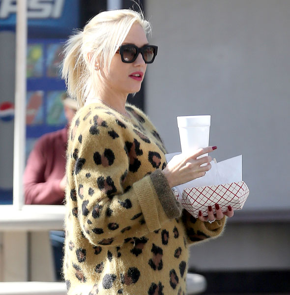 Gwen Stefani keeps mum on pregnancy rumours - but do these pictures show a baby bump?