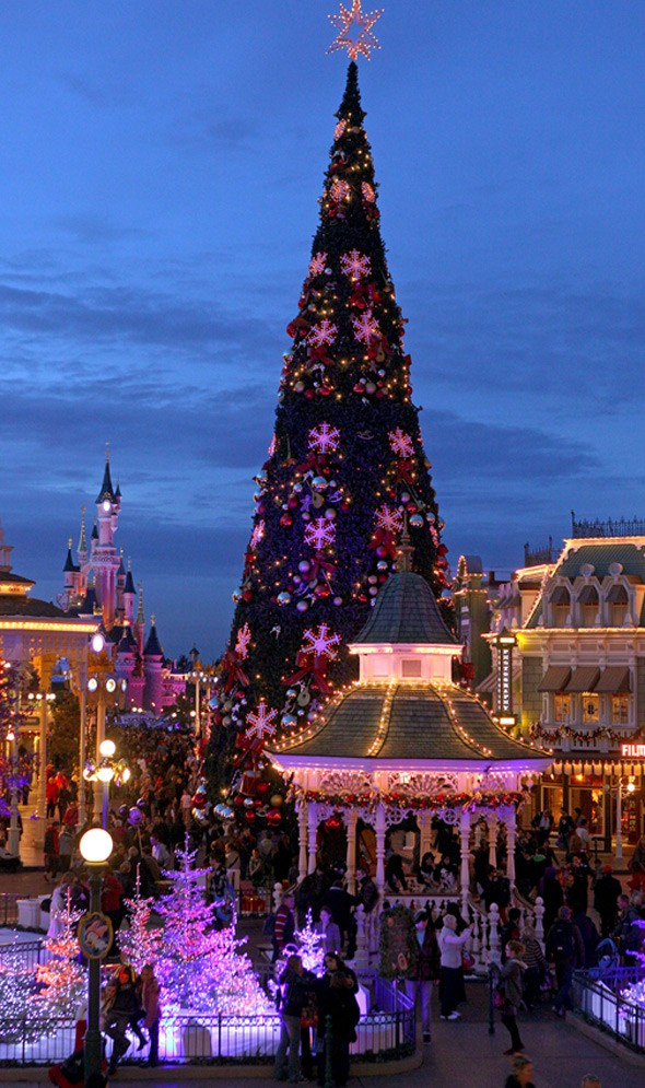 Winter magic at Disneyland Paris