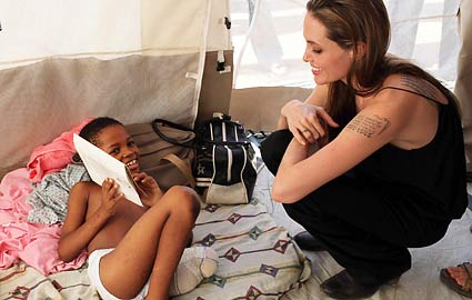 Angelina Jolie visits earthquake stricken Haiti