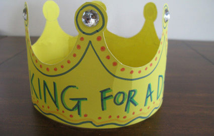 Father 39 s day king crown craft preschool education for kids for Art and craft crown