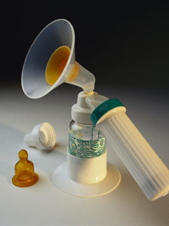breast pump picture