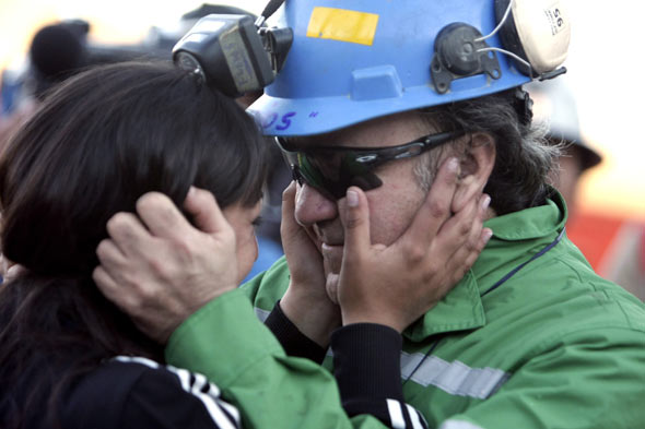 chilean miners picture