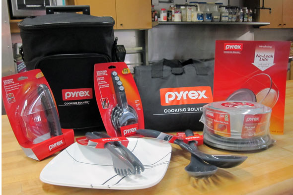 pyrex picnic set picture